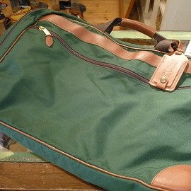 L.L.bean - 「<used>80's L.L.Bean LEATHER/CANVAS SHOULDER BAG green/brown size:H38cm×W52cm×D41cm 13800yen」販売中