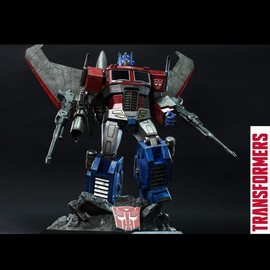 Hot Toys - THE TRANSFORMERS GENERATION 1 OPTIMUS PRIME (STARSCREAM VERSION)