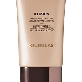 Hourglass - Illusion® Hyaluronic Skin Tint SPF15 - Ivory, 30ml