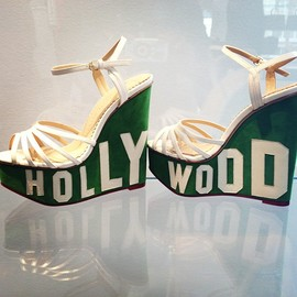 CHARLOTTE OLYMPIA - Everybody comes to Hollywood