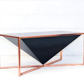 Beacon Mfg Co - Pyramid Table
