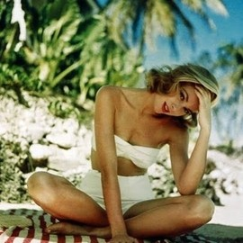style icon - Grace Kelly. Classic white swim suit!