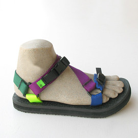 D.Roundy - River Sandal (Solid Crazy)