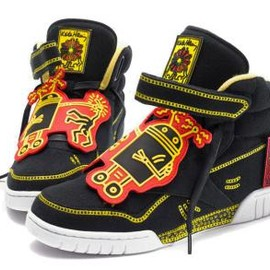 Reebok - KEITH HARING × REEBOK EX-O-FIT PLUS HI BLACK/WHITE/TECHY RED/YELLOW