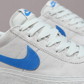 NIKE SB - Zoom Bruin Light Bone/Argon Blue