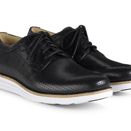 Cole Haan - lunargrand perforated plain toe