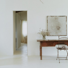 Photographed by Janne Peters - DREAMS OF UNCLUTTERED LIVING