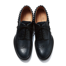 uniform experiment - WING TIP HEEL STUDS SHOES/NAVY x NAVY (NAVY STUDS)