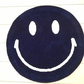 SECOND LAB. - Smile Rug/Navy×White