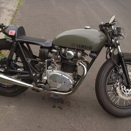 Yamaha - XS650, Firestone tires