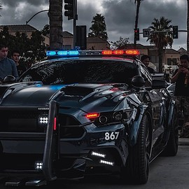 Ford - Mustang Transformers Police