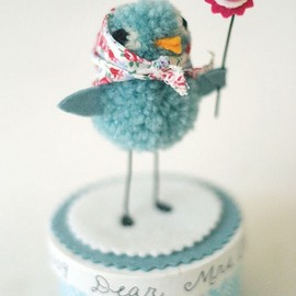 hand made - Pom pom bluebird by Lucky Nielsen