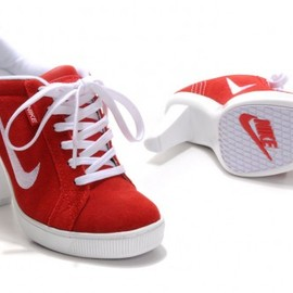 nike - Womens Nike SB Heels Low Red / White
