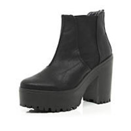 River Island - Black chunky platform Chelsea boots