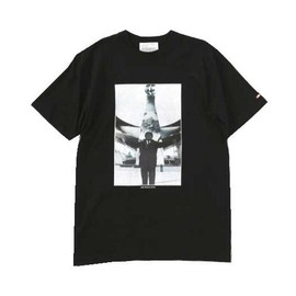 LIBE BRAND UNIVS. - TARO TOWER TEE (Black)