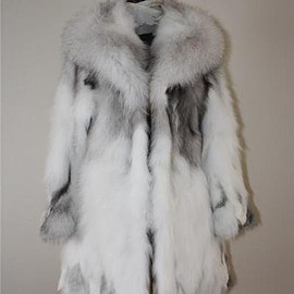 White spotted rabbit with fox trim fur stole/