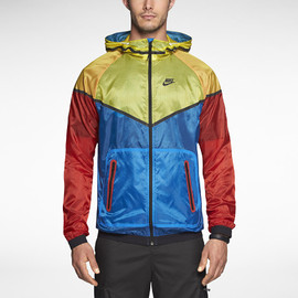 Nike - NIKE TECH HYPERFUSE WINDRUNNER