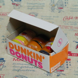 Dunkin' Donuts - Magnet