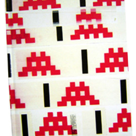 Space Invaders - RUBIK SPACE : A PICTURE BOOK BY INVADER