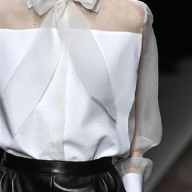 Valentino - white ribbon bow blouse- fall 2012