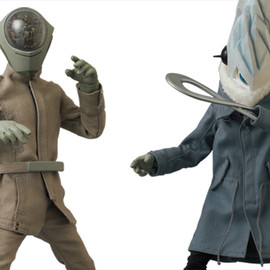 UNDERCOVER, MEDICOM TOY - UNDERMAN Figures