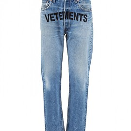 "VETEMENTS - FW2017 ""Vetements"" Jeans"