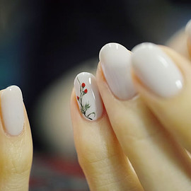 COMMON - [苺]Wild Strawberries Nail