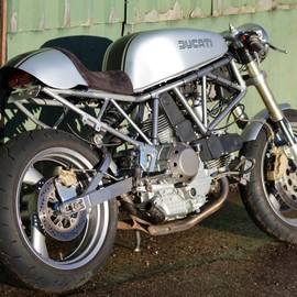 Made in Metal Motorcycles - Ducati 900 SS Cafe Racer
