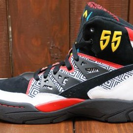 adidas originals - ADIDAS ORIGINALS MUTOMBO RUNING WHITE/BLACK/LIGHT SCARLET