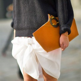 street - knotted #skirt and oversized knit...
