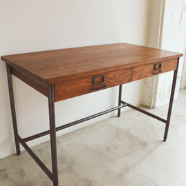 TRUCK - SUTTO DESK