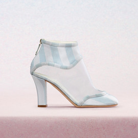 CHANEL - Short boots in satin transparent PVC with 85mm heel