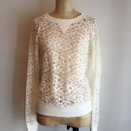 RHRB - LACE Pullover