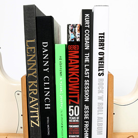 Fender body bookends - Fender Strat Bookend Set