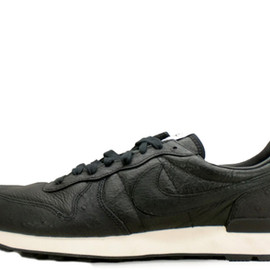 NIKE - INTERNATIONALIST LEATHER SOPH