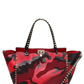 VALENTINO - MEDIUM ROCKSTUD CAMOUFLAGE PATCHWORK BAG
