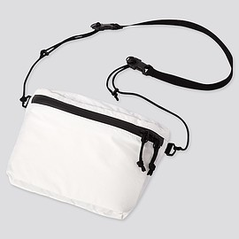 UNIQLO - light weight funny bag ¥390!!