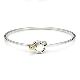 TIFFANY&Co. - LOVE KNOT BANGLE