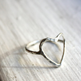 14k Gold Open Heart Ring