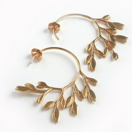 Alex Monroe - Curved Leaf Hoop Earrings
