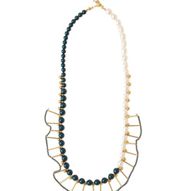 carre - necklace