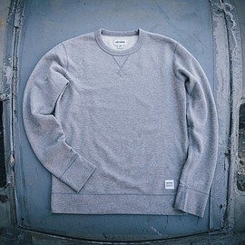 converse - converse essentials sweatshirt collection