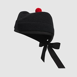 GUCCI - Wool envelope hat with pom-pom