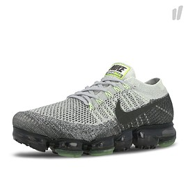 NIKE - Air VaporMax Flyknit E - Pure Platinum/Anthracite/White/Dark Grey