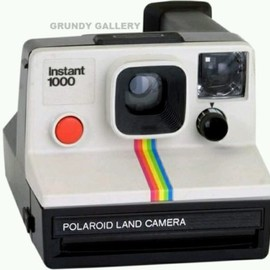 POLAROID - VINTAGE INSTANT DELUXE 1000 RED BUTTON LAND CAMERA Ref-23