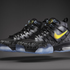 Nike - Air Trainer Max '94 PRM QS - Black/Gold w/ Clear Sole?