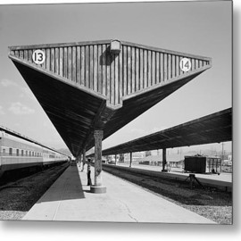 Fine Art America - Los Angeles Union Passenger Terminal Metal Print By Everett