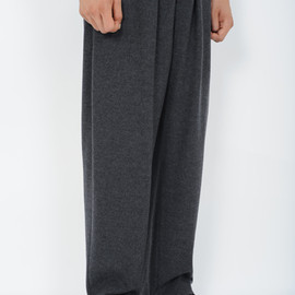 LAD MUSICIAN - 2TUCK WIDE PANTS ITEM NO.2212-572 GRAY MIX WOOL 100% [WOOL JERSEY] ¥ 26,250 8/25 RELEASE