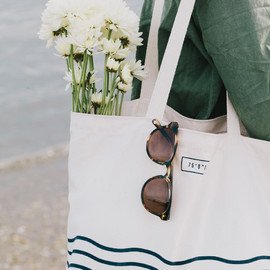UNITED BY BLUE - DAY TOTE