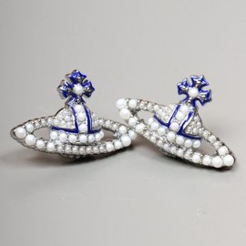 Vivienne Westwood - JEWELLERY Pearly Queen Bas Relief Earrings